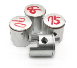 No 15 PISTON AND RING STANDARD YAMAHA KT100S product image